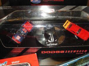 1996 Hot Wheels Dodge Showroom