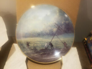 TELEPHONE PIONEERS OF AMERICA COLLECTOR PLATE - THE POLE RAISING