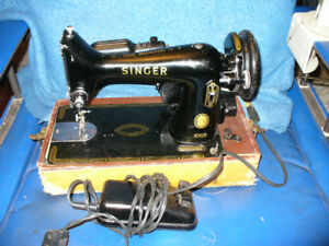SINGER 99k SEWING MACHINE 1950s with case