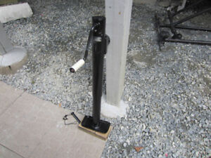 "Heavy Duty Trailer Jack, Bulldog, 2000 lbs - 10 "" Lift"
