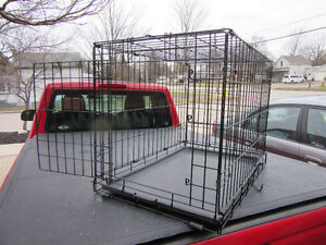 CRATE / CAGE / KENNEL
