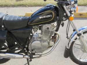 Suzuki GN250 Survivor, runs and rides great