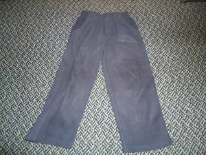 Boys size 4 Navy Fleece Joggers by Outline