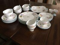 "Shelley 32 piece bone china tea service ""Wild flowers"""