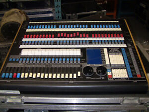 Pearl 2000 Lighting Console - Price Reduced by 50%