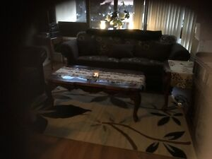 cofee and 2 end tables plus butler table