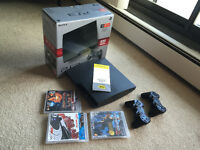 320GB PS3 + 2 Controllers + 3 Games + BestBuy Warranty til Dec