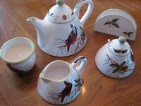 NEW Winter TeaPot Set