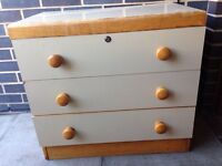 Chest of drawers just £20 if go today