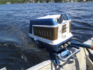 59 Evinrude 5.5 in excellent condition