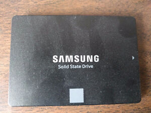 Samsung 850 EVO 250GB 520MB/s Internal Solid State Drive SSD