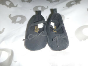 Size 3 infant shoes