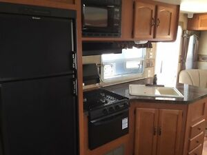 2010 Wildwood by Forest River 26ft  Prince George British Columbia image 3