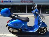 2016 16 Reg Vespa GTS300 lots of extra's fitted 223 miles