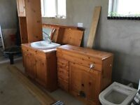 Bathroom suite incl cabinets and bath and toilet.