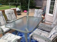Selling 6 person patio set, swing included