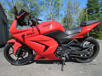 2009 Ninja 250 Mint Condition!Lady driven,Dealer maintained