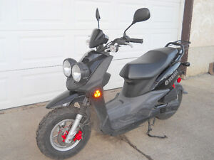 EXCELLENT YAMAHA SCOOTER