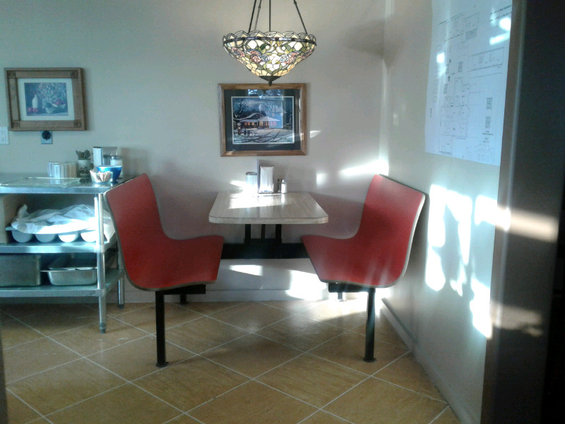 Restaurant and attached 3 bdrm. Apartment for rent ...