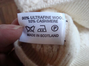 Cashmere and Ultrafine wool White sweater size large West Island Greater Montréal image 1