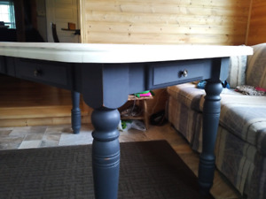 Solid maple Country dinning table