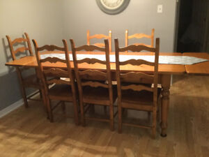 Dining Room Table & Chairs - Pine Handcrafted Set