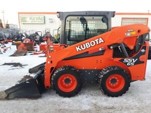 KUBOTA SSV65 WHEELED SKIDSTEER---LOW HOURS
