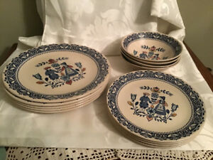 Johnson Brothers Hearts & Flowers Dinner Salad Plates & Bowls