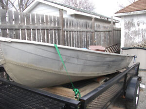 12 FT Starcraft  Aluminum Boat