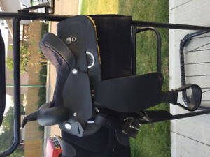 """Wintec Saddle - leisure 14"""", triple stand, tac, and accessories."""