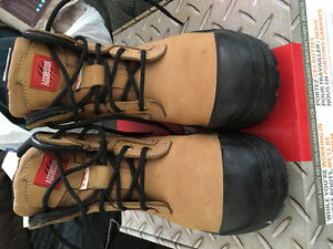 Barely worn STSP work boots