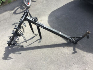 """Porte-velo (4) Hollywoodrack, inclinable pour hitch 1.25"""""""