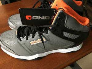 -BRAND NEW- RUNNING / WALING SHOES -SIZE: -12-13-