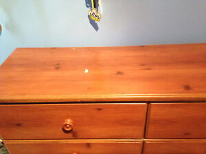 Single bed and dresser London Ontario image 3