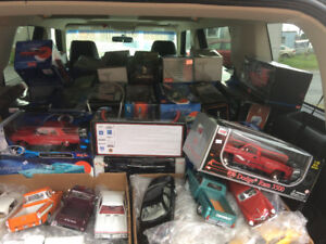 JUST IN, 200 PLUS 1/18 SCALE DIECAST CARS AND TRUCKS