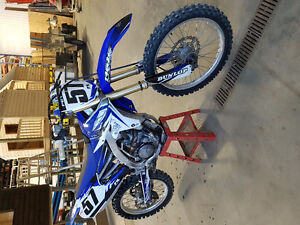 2014 yz250f in good condition!!!!! Low hours