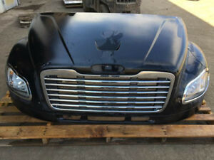 Hoods, Grilles, Headlights & MORE Freightliner M2 Business Class
