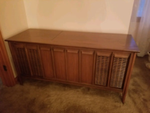 Philips Stereophonic HiFi system. Works! Excellent condition