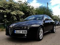 Alfa Romeo. 159 1.9 jtdm black with red leather seats