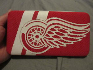 DETROIT RED WINGS WALLET BRAND NEW