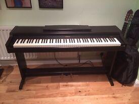 Roland digital piano HP137