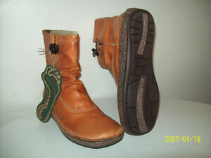 WiNTER BOOTS WOMEN'S GROUNDHOGS Size 37
