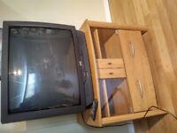A donner : Meuble tele et Tele 32 pouces