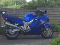 Cbr 1100 Super Blackbird Year 2000 ,22,200 Miles With Colour,matched Hard Luggage