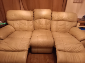 Cream leather recliner sofa in good condition