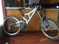Rocky Mountain World Cup DH bike
