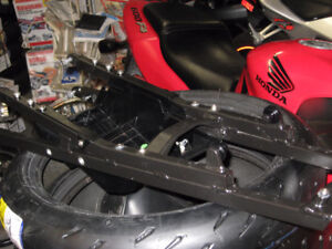 2011 bmw  s-1000rr rear sub frame with under tray