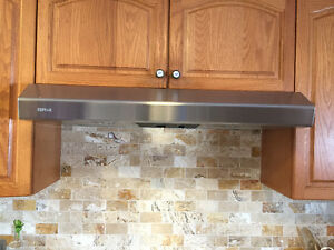 "36"" electric cook top white + stainless Hood"