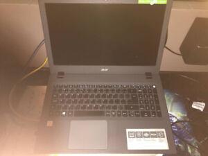 Acer Aspire E 15 E5-574 i5 1TB 8GB Ram Win 10 - $450
