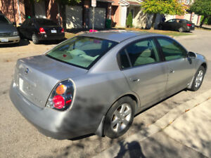 2002 Nissan Altima 2.5 with Emission paper